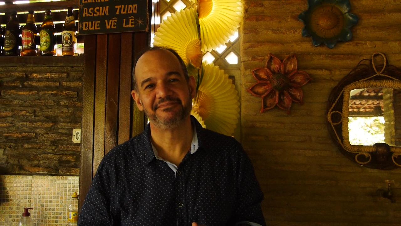 O trabalho literário-musical do escritor e poeta nordestino Bruno D'Almeida