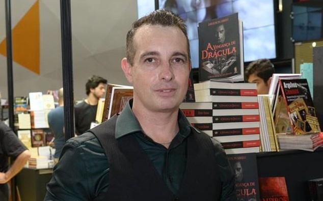 Davidson Abreu escritor e policial militar