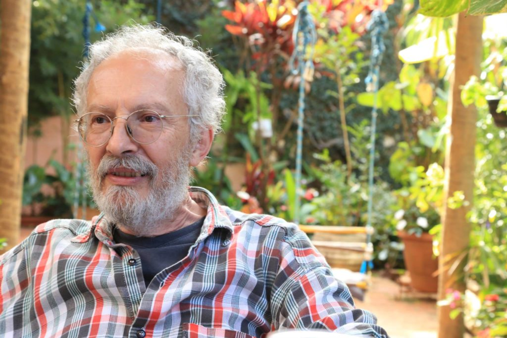 Jacyntho Lins Brandão e sua estreia na poesia