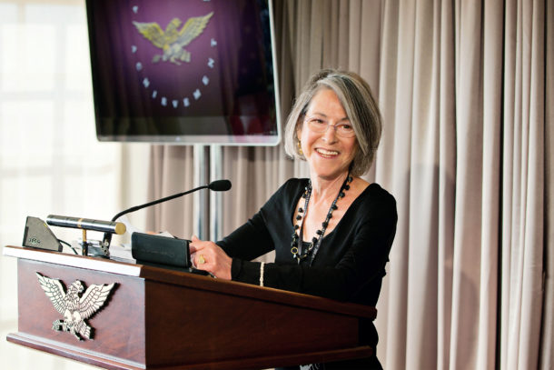 Louise Gluck poeta Nobel Literatura