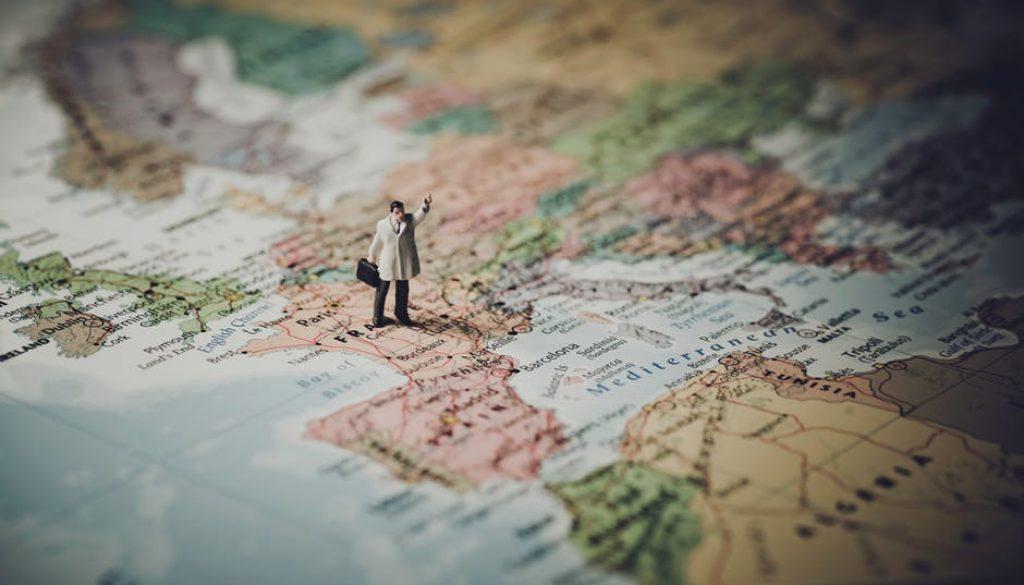 Projeto Cartografismos apresenta a literatura de diversos países