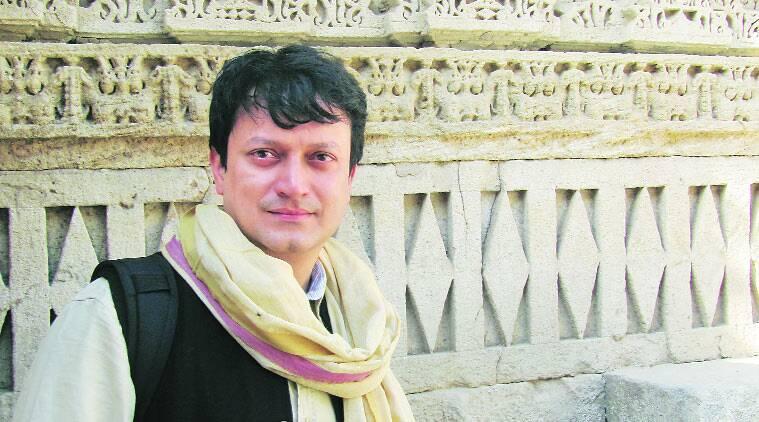 Poeta indiano Ranjit Hoskote lança novo livro de poesia