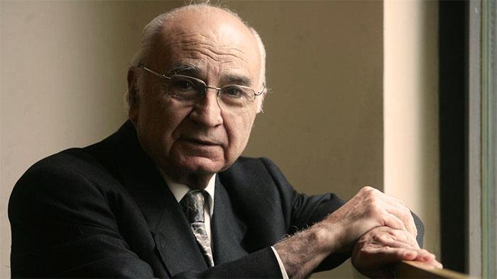 Morre o poeta espanhol Francisco Brines aos 89 anos