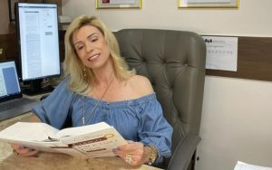 Advogada usa poema em processo na justiça