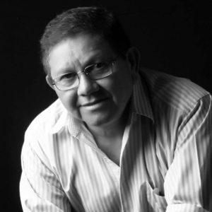 Poeta do Maranhão publica livro com 113 poemas